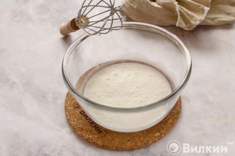 Кефир с сахаром и солью