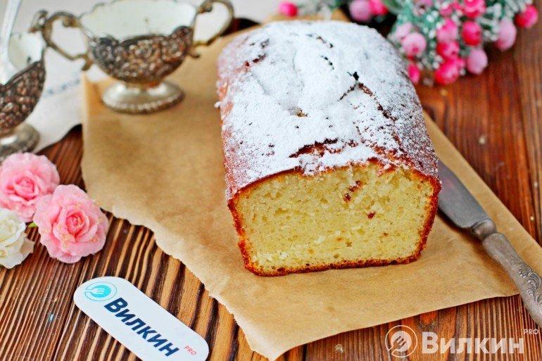 Пышный кекс на десерт