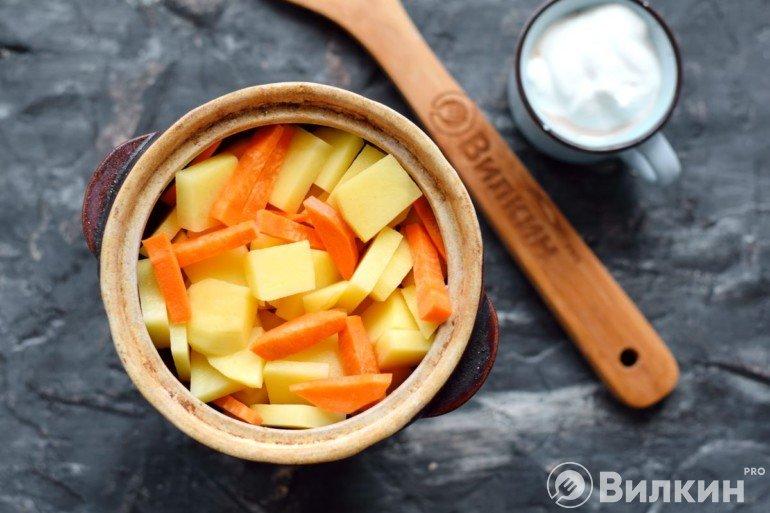 Слой картошки и моркови