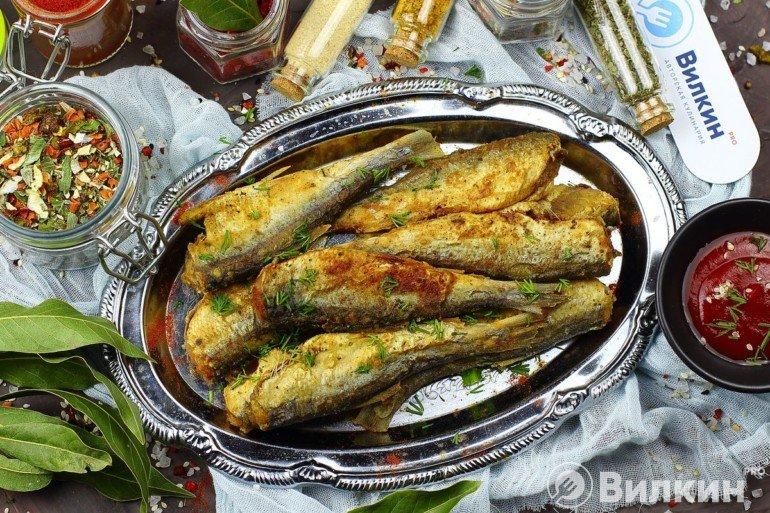 Салака, жареная на сковороде
