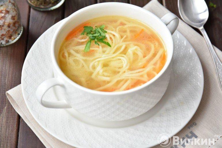 Куриный суп-лапша на обед