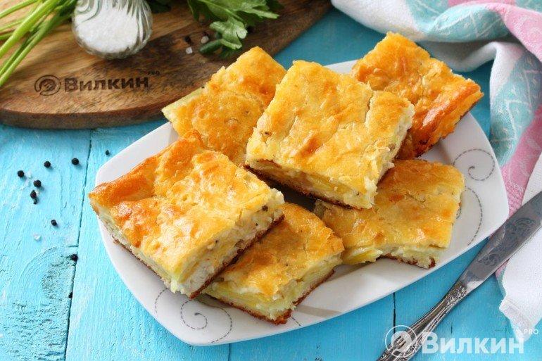 Заливной пирог с курицей и картошкой