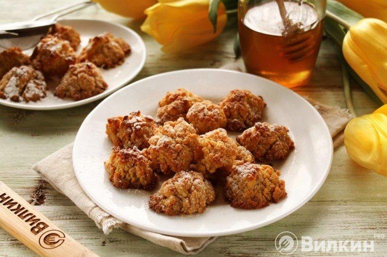 Медовое печенье на сладкий стол
