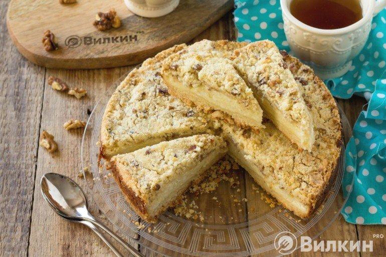 Насыпной пирог с творожной начинкой к чаю