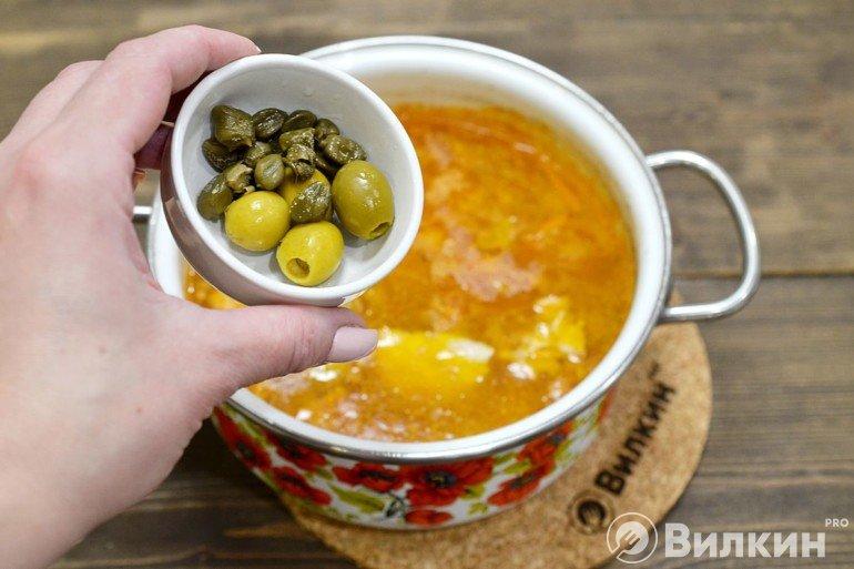 Закладка каперсов с оливками