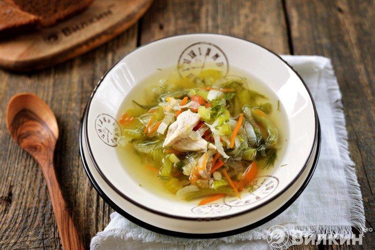 Порция диетического супа