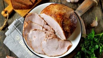Свинина в фольге, запеченная в духовке