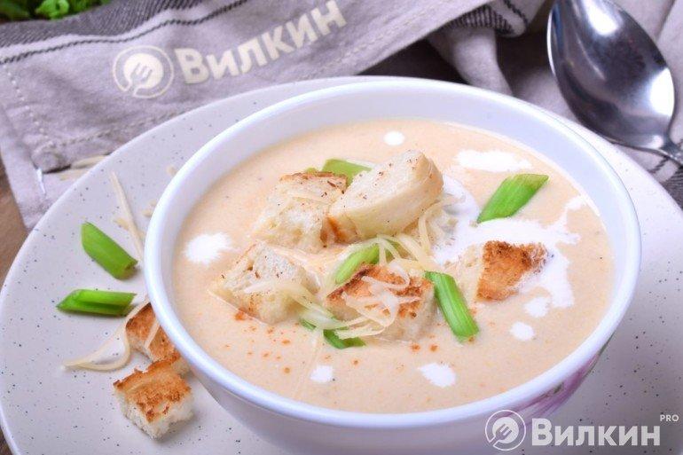 Куриный крем-суп со сливками