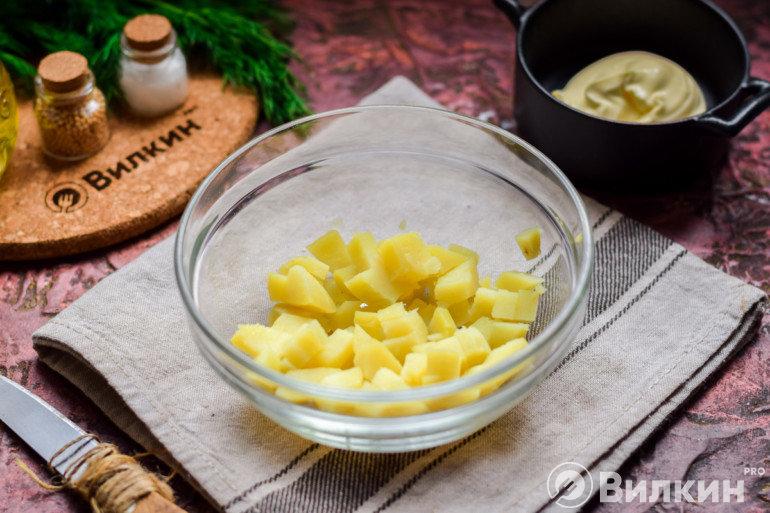 Картошка в салатнике