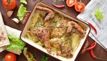 Тушеная курица в духовке