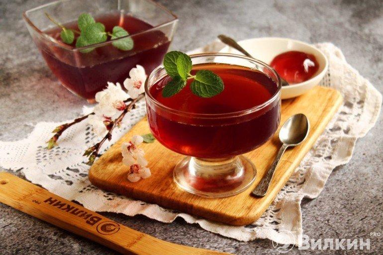 Желейный десерт из вишни