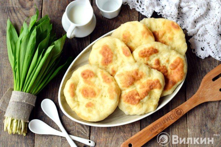 Лепешки на кефире на сковороде