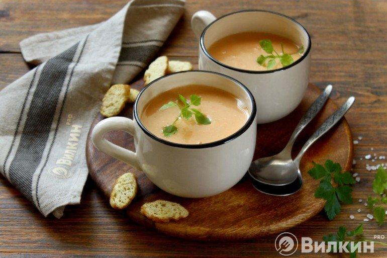 Крем-суп из овощей и сливок