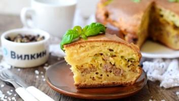 Пирог с фаршем в духовке