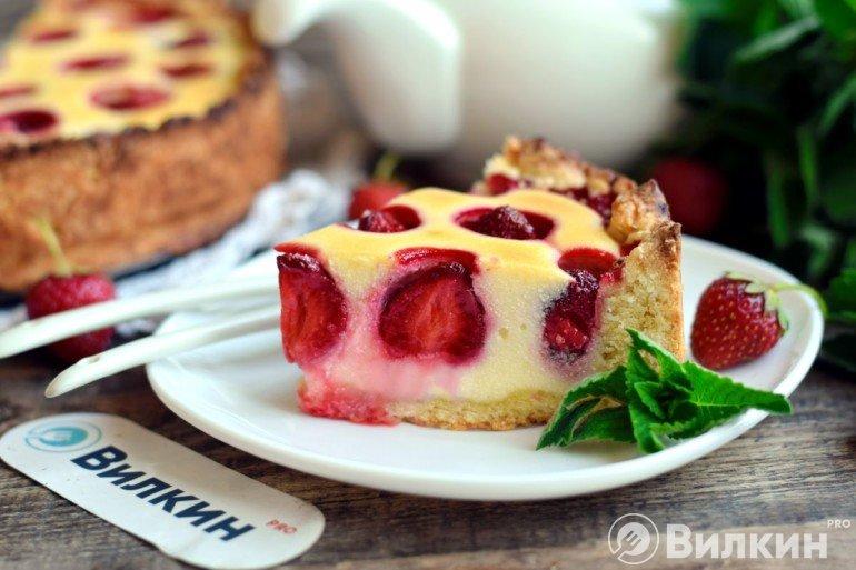 Кусочек десертного пирога