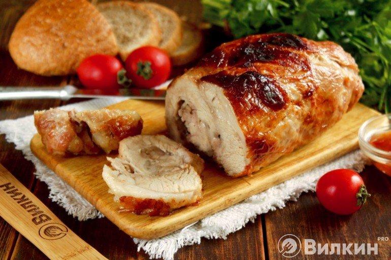 Рулет из свинины на праздничный стол