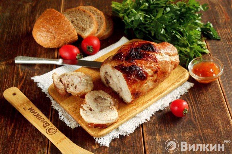 Мясной рулет из свинины