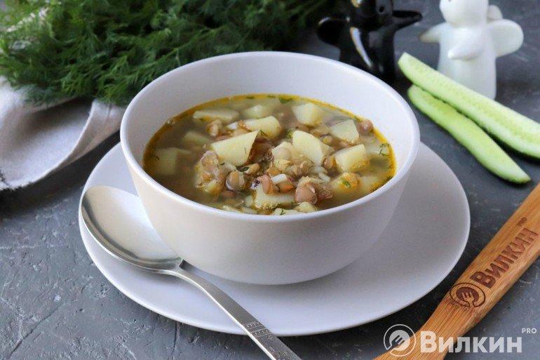 Суп из зеленой чечевицы с картошкой на обед