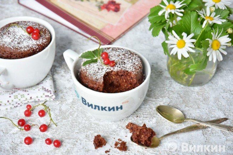 Кекс шоколадный в кружке в микроволновке за 3 минуты