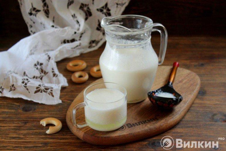 Домашняя простокваша из молока и закваски
