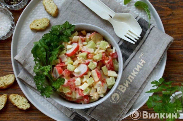 Крабовый салат без кукурузы