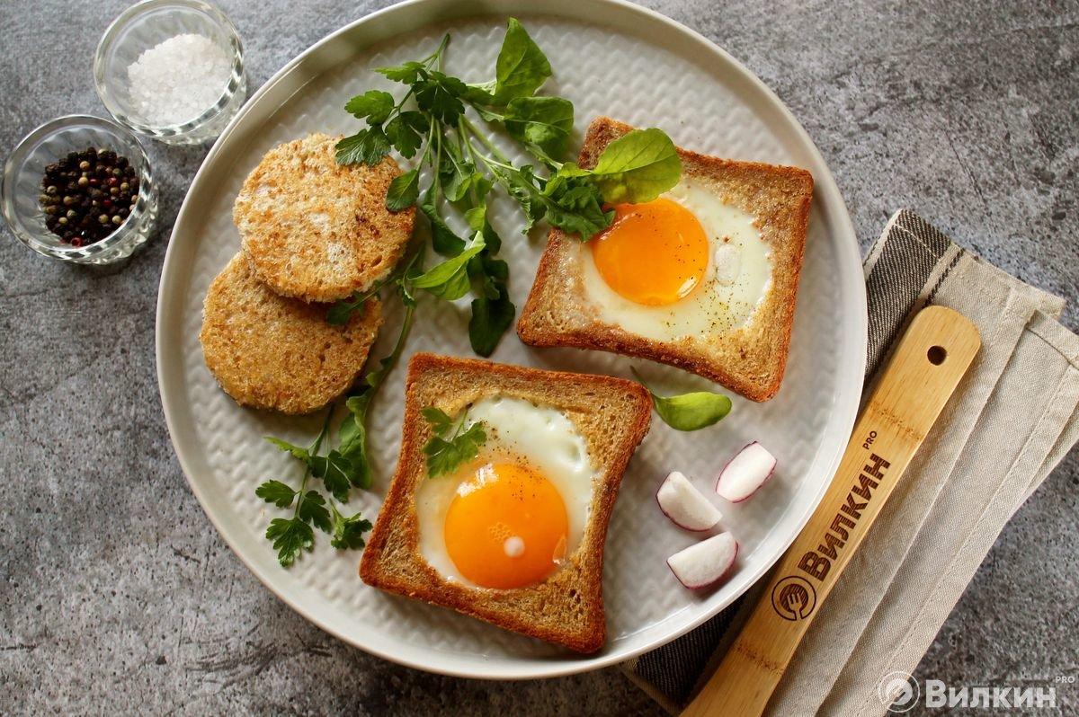 рецепты яичницы на завтрак с фото подробнее