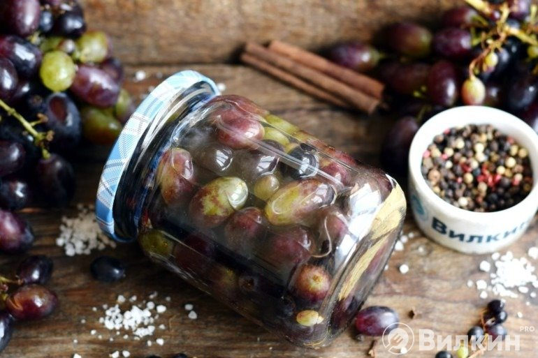 Консервированный виноград на зиму
