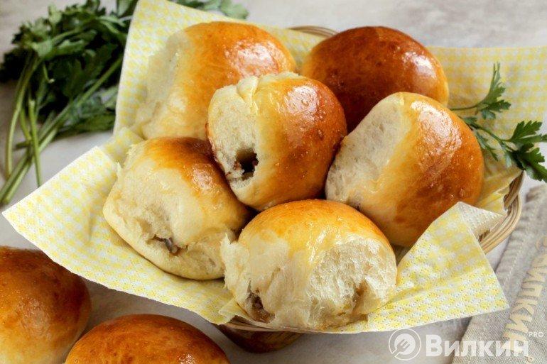 Печеные пирожки с грибами в домашних условиях