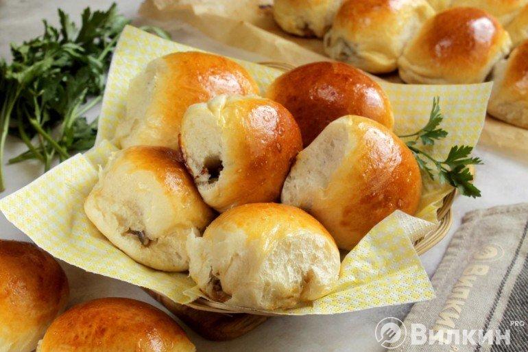 Пирожки с грибами в духовке