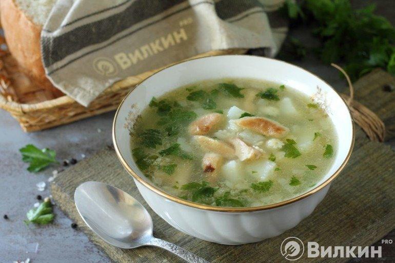 Суп из рыжиков и картошки на обед