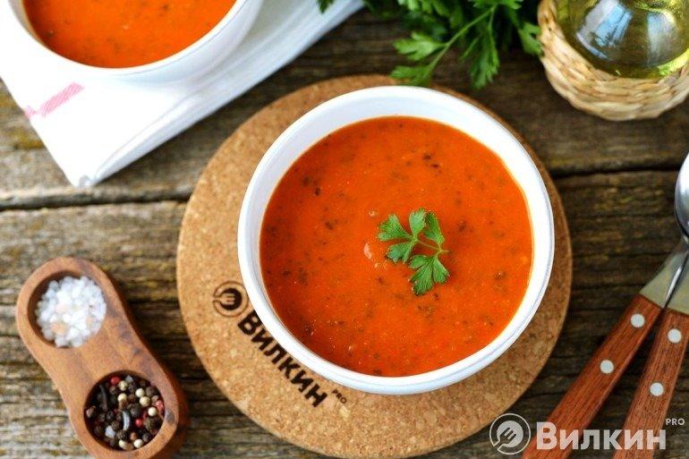 Томатный суп-пюре с перцем на обед