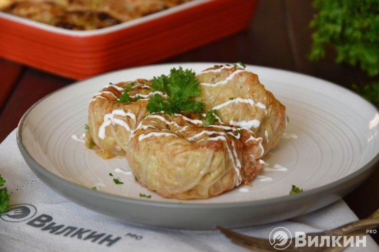 Голубцы-улитки из свежей капусты для праздничного стола