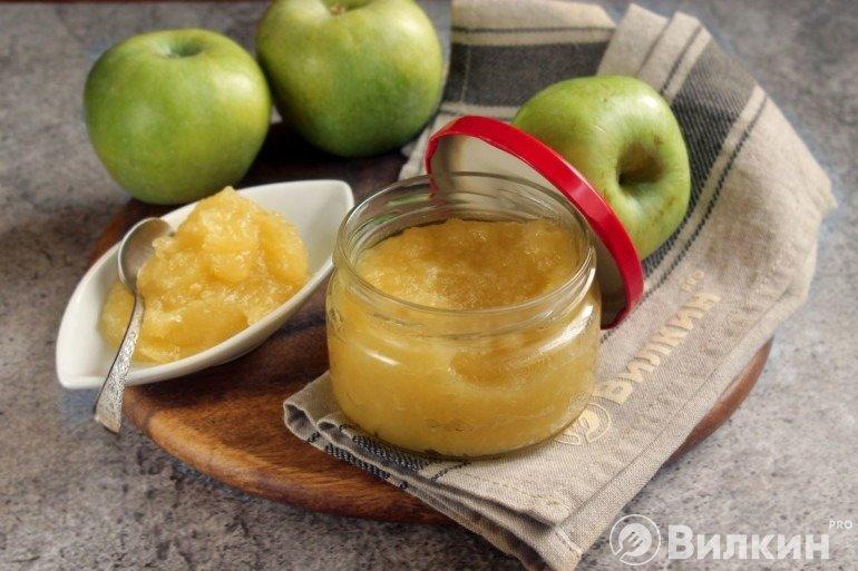 Готовый яблочный конфитюр