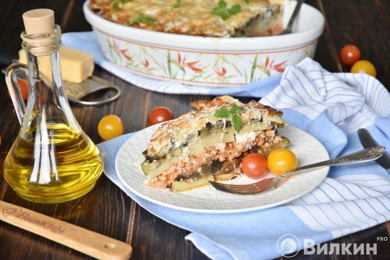 Мусака по-гречески с баклажанами