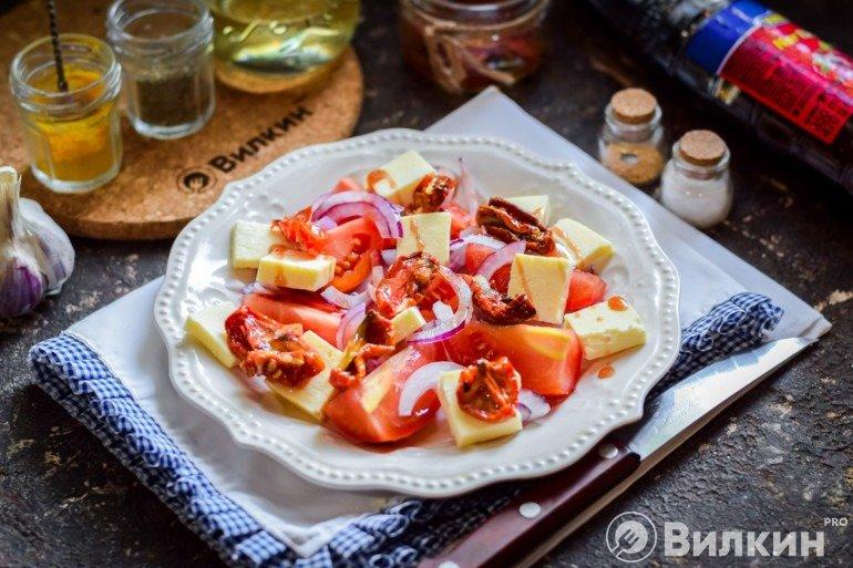 Добавление вяленых томатов