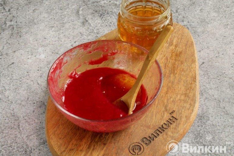 Калиновое пюре с медом