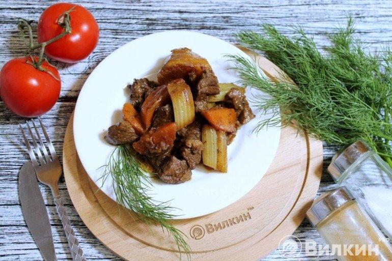 Баранина с овощами на обед