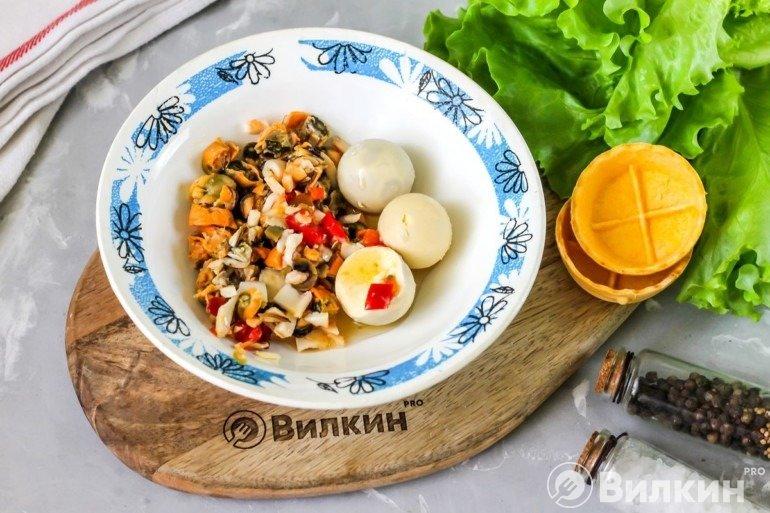 Морепродукты и яйца