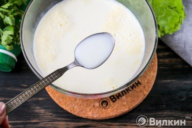 Добавление йогурта