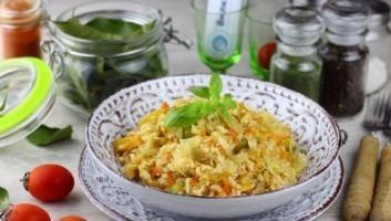 Капуста с фаршем и рисом