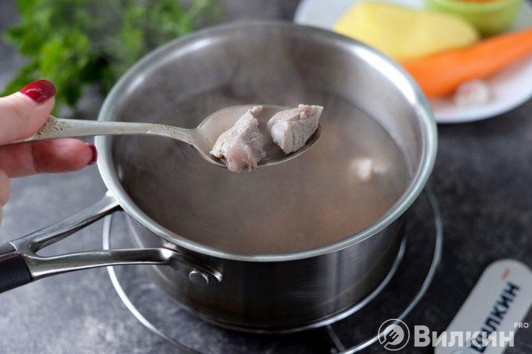 Бульон из свинины