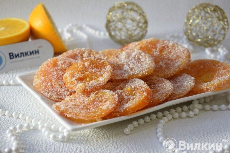 Подача сладостей на стол
