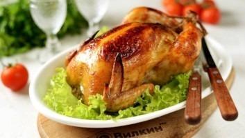 Курица в духовке целиком в фольге