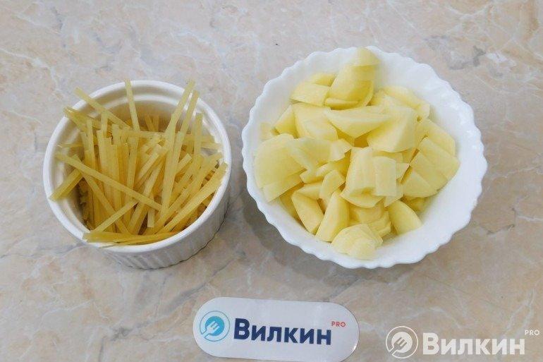 Лапша и картошка