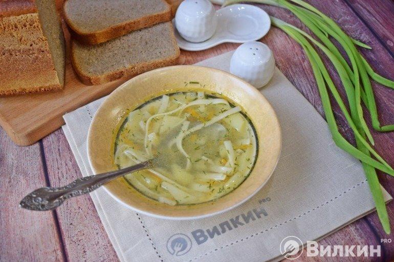 Суп с лапшой и картошкой