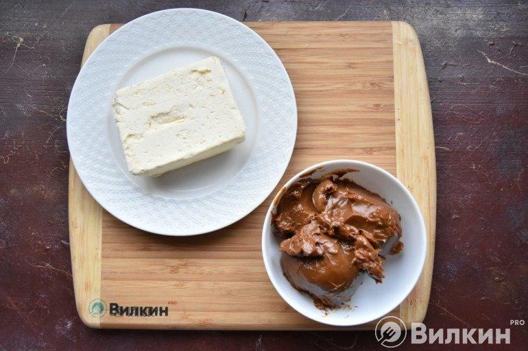 Масло и вареная сгущенка
