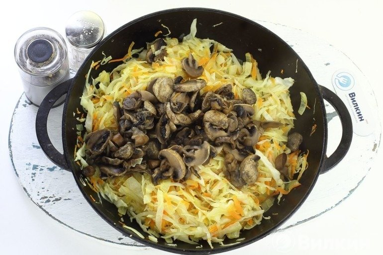 Соединение грибов с жареными овощами
