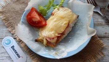 Горбуша, запеченная с сыром в духовке