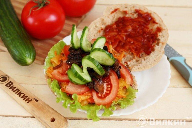 Овощи и соус