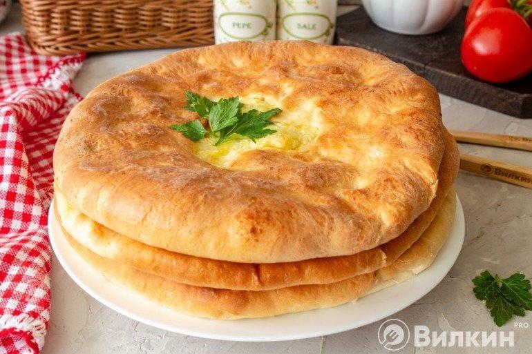 Домашние осетинские пироги с картошкой и сыром